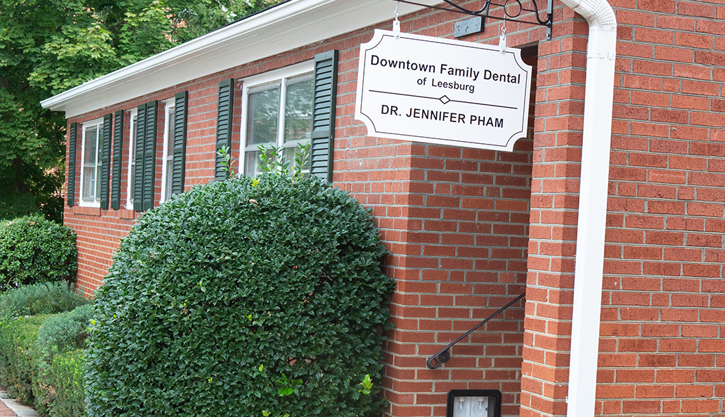 Front entry of Downtown Family Dental of Leesburg